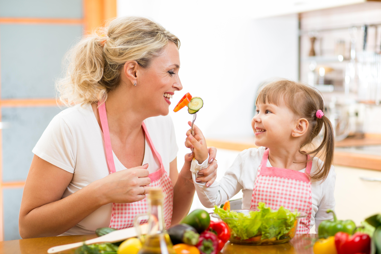 Rallentare l'invecchiamento a tavola: si può?